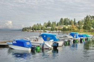 båter på biristrand camping