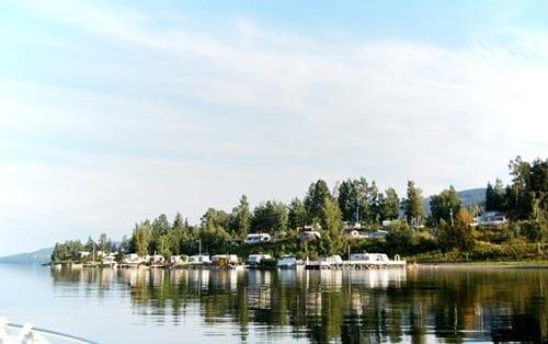 Biristrand Camping i Innlandet, sett fra Mjøsa